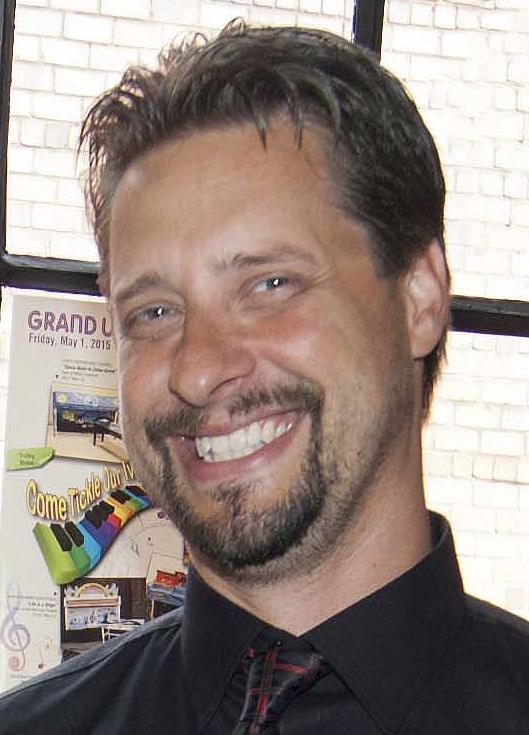 Jason Slusser : Multimedia Specialist